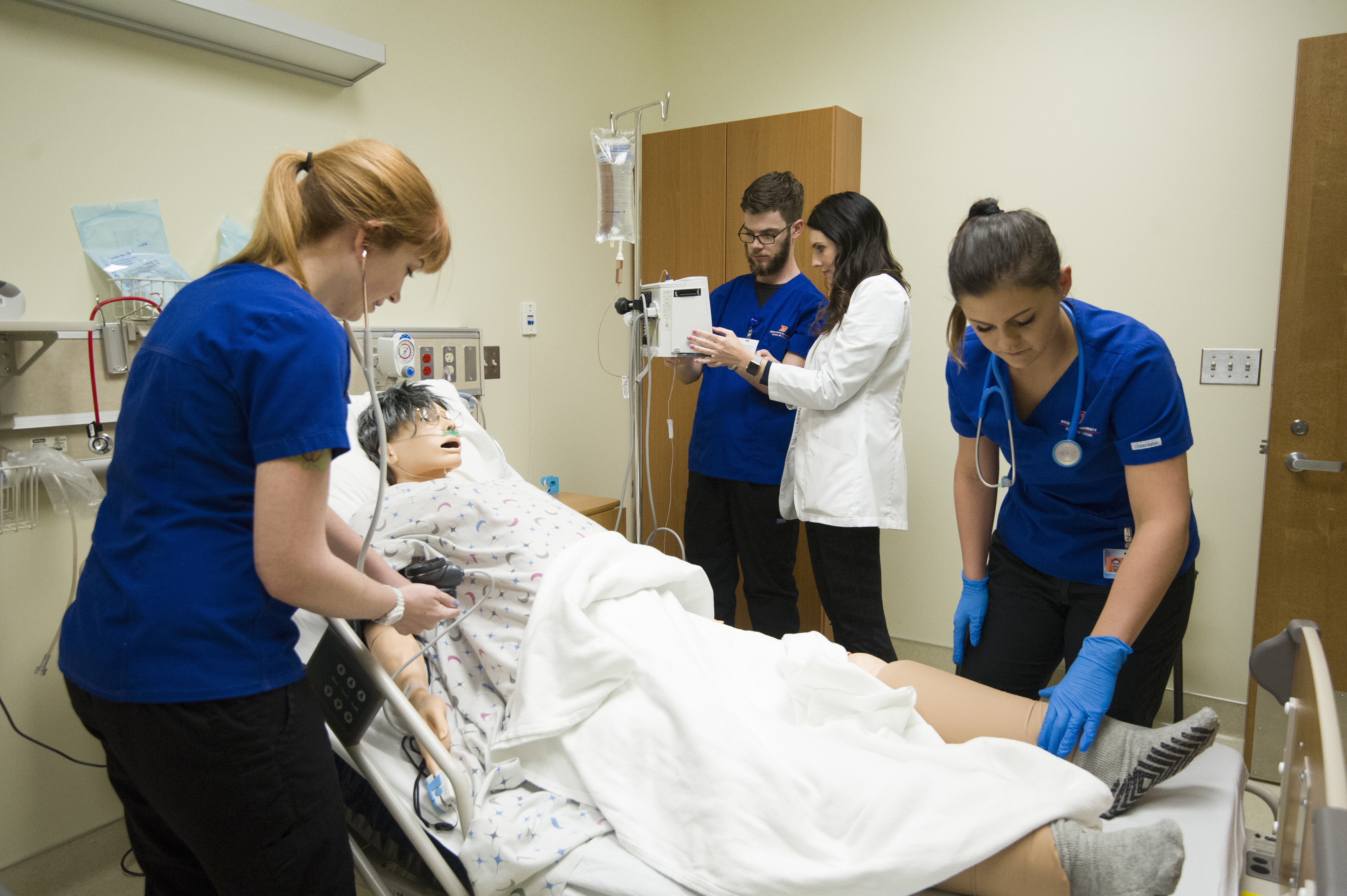 School of Nursing, Simulation Center, Classroom, Allison Corona photo.