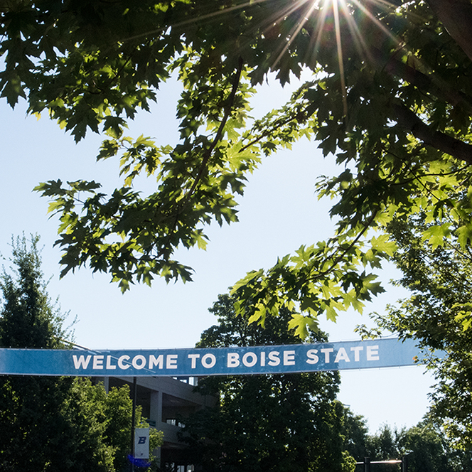 Image of welcome to Boise State banner in the sunlight