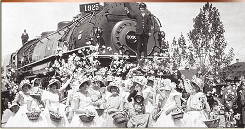 Boiseans cheer the coming of the Union Pacific mainline, April 17, 1925. Idaho State Historical Society.