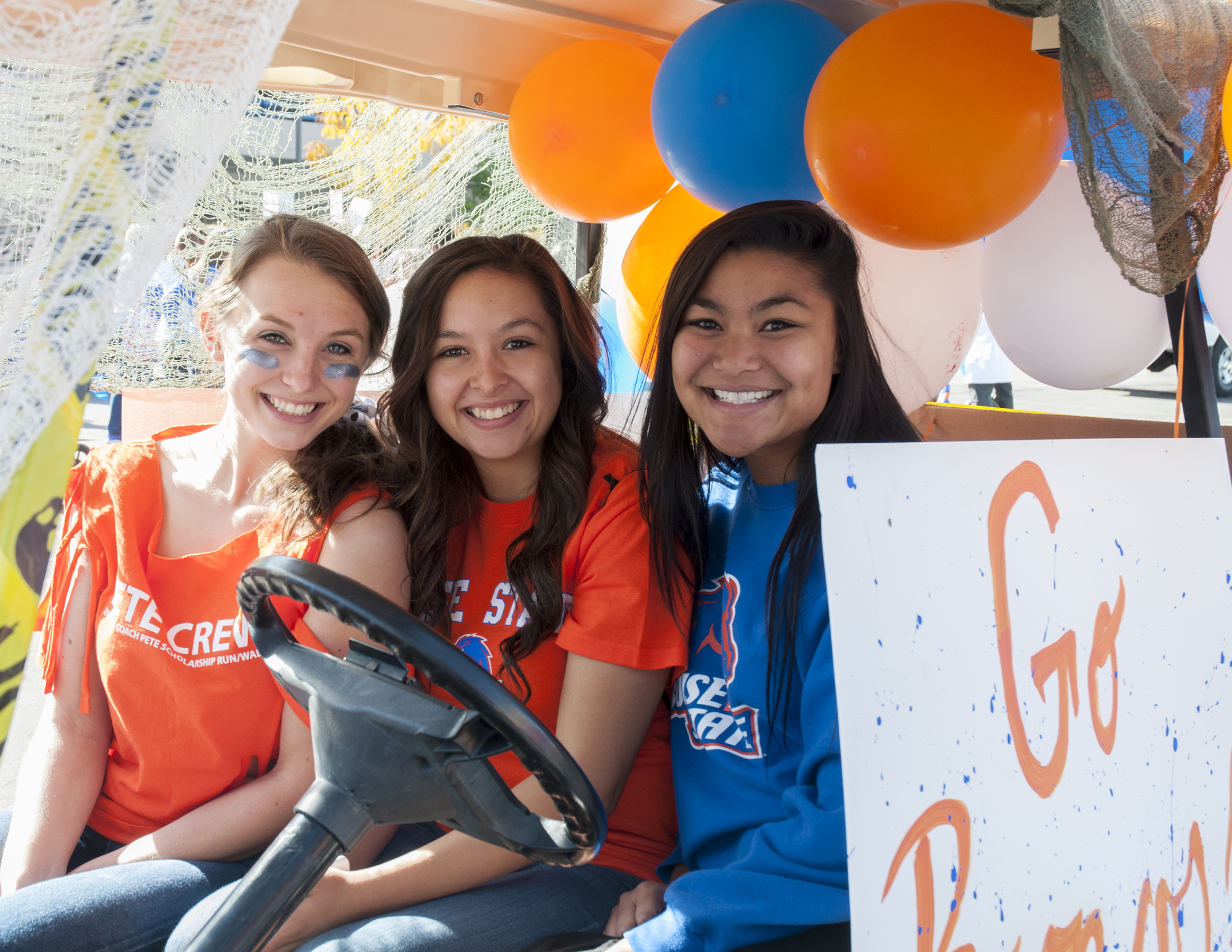 Homecoming, Parade, joyful bronco moments, Photo by Annelise Woodward