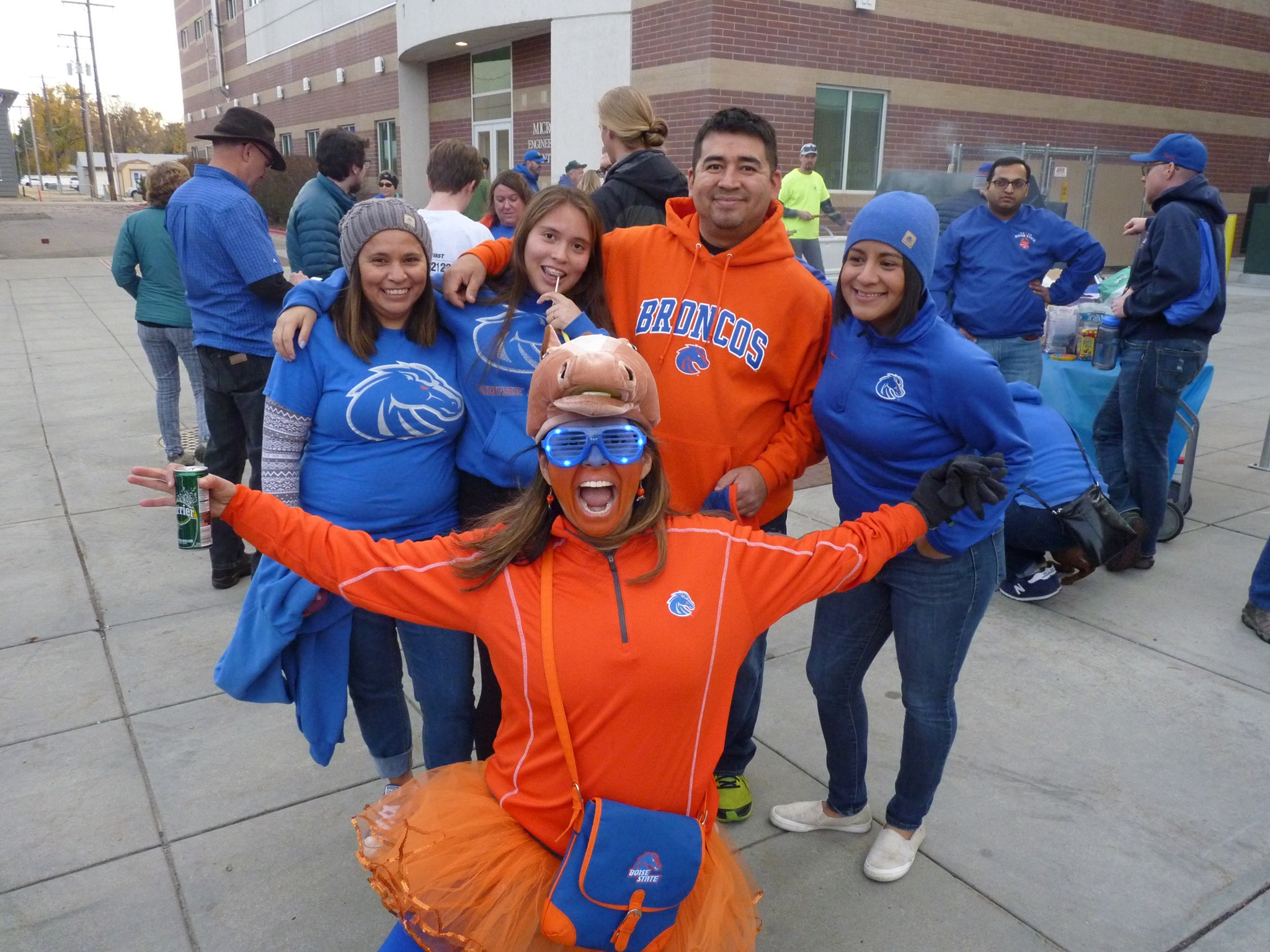 Boise State fans tailgating
