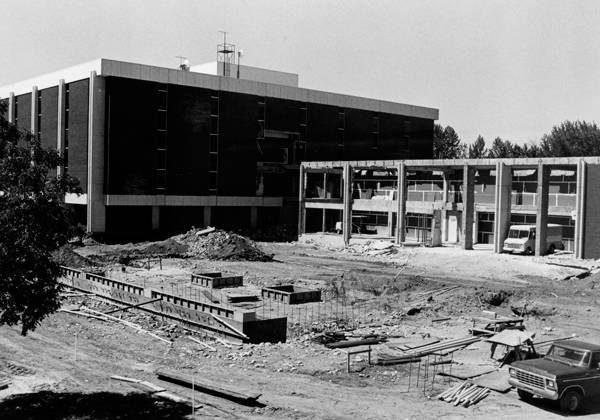 1990s Library Construction