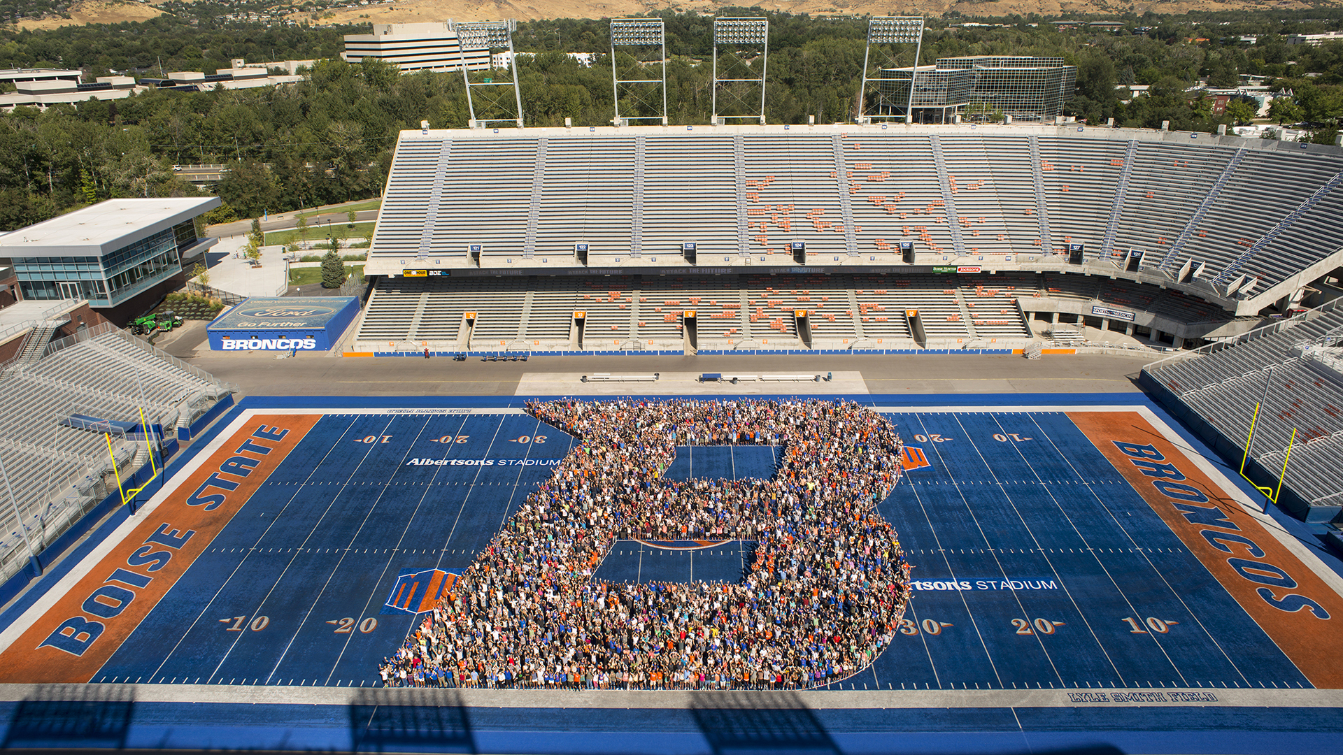 B on the Blue during Bronco Welcome