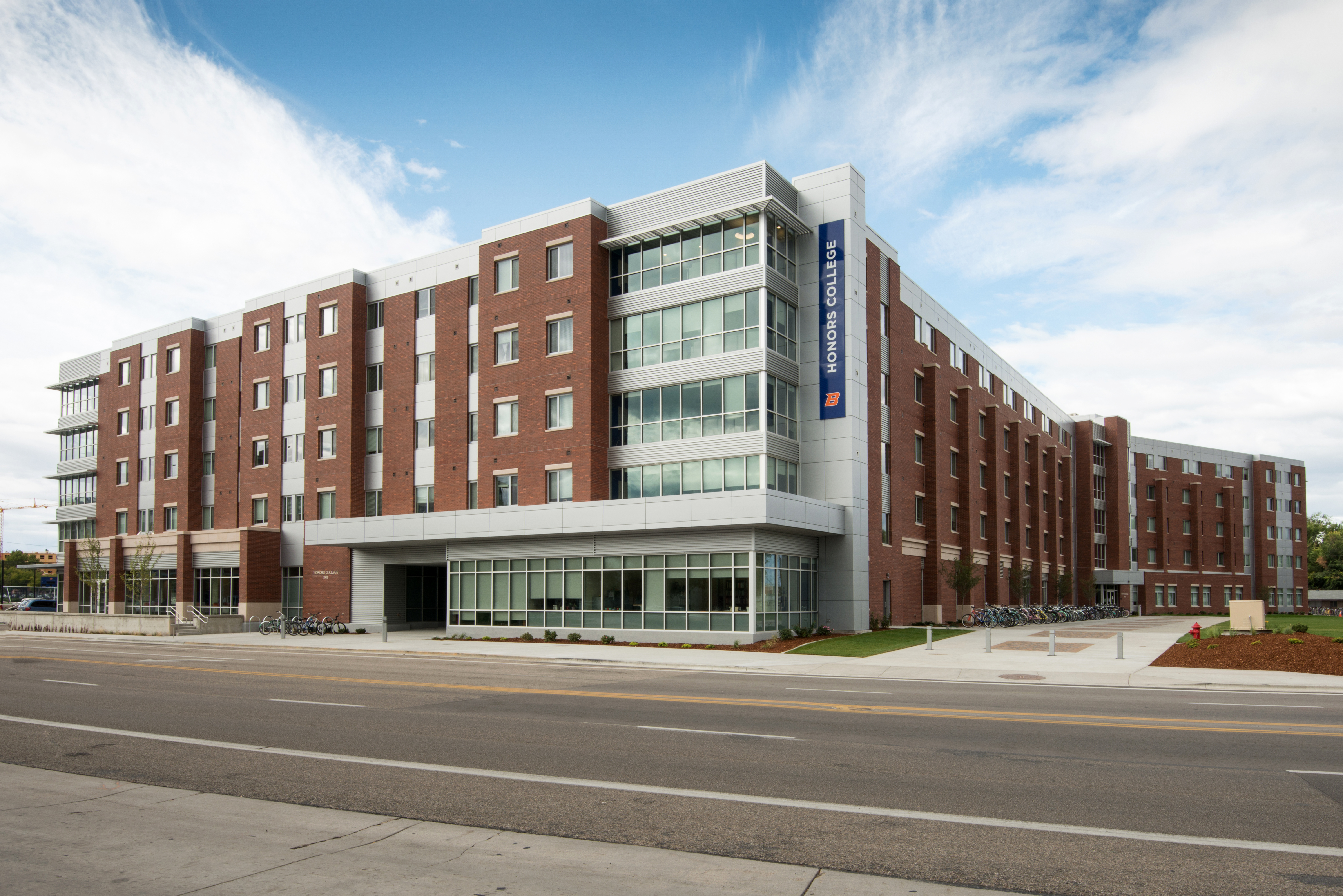2017: Honors College/Sawtooth Hall