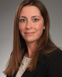 Headshot of Associate Dean of Students Lauren Oe