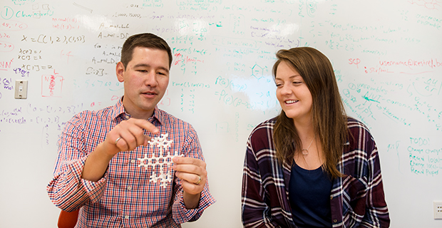 Eric Jankowski and student in the lab.