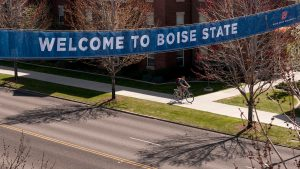 Banner stating Welcome to Boise State over University Drive