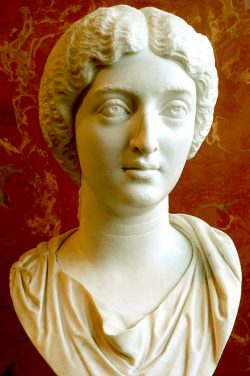 photo of a sculpture of Empress Faustina the Younger
