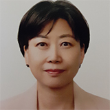 Cho Eunsoon is a visiting professor for edtech